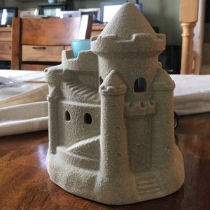 "Scentsy ""sand castle"" wax warmer"